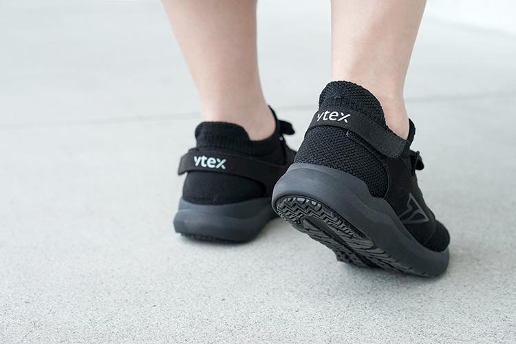 V-TEX 地表超強耐水鞋|HELLO系列黑色開箱穿搭